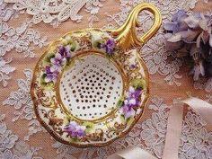 Tea Strainer w violets