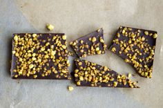 Raw Chocolate Bars with maca, black cherry and bee pollen