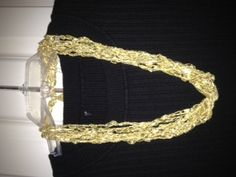 Gold Ladder Yarn necklace  I will be making for xmas...A coworker wore it today and it looked amazing with her outfit..........hers was bright and colorful..........very cool
