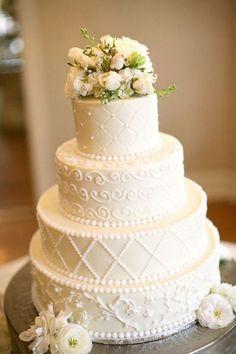 Photography by maryrosenbaum.com  Read more - http://www.stylemepretty.com/2011/09/20/historic-cedarwood-wedding-from-mary-rosenbaum-photographs/