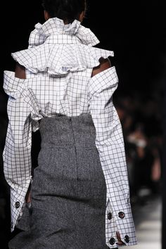 See detail photos for Monse Fall 2017 Ready-to-Wear collection.