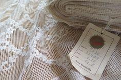 """ca.1920/30 """"deutsch/französische Gardine Vorhang """" Meterware / Ballen"""" 210cm hoch x 1260cm lang """"Vintage 100% Baumwoll Web Spitzen Gardine"""" von Linenandtextiles auf Etsy"""