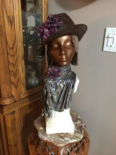 Fabric Art, Captain Hat, Sculptures, Hats, Fashion, Moda, Hat, La Mode, Sculpting