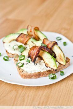Avocado-Speck-Toast {frühstück}