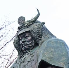 Statue of Takeda Shingen which stands in front of Kofu Station  #Samurai