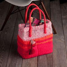 #DIY Tote Bag using our Craft Crush Weaving Loom