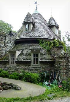 Behold the amazing whimsical Wing's Castle! Wing began constructing his castle more than 45 years ago, and is still working on it. He never received any kind of architectural schooling. The castle's...