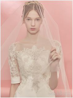 사랑스럽고 우아한 뮤즈의 설렘 가득한 웨딩 신, 이노웨딩 1 Princess Wedding Dresses, Wedding Bridesmaid Dresses, Wedding Dress Styles, Wedding Party Dresses, Bridal Dresses, Bridal Veils And Headpieces, Wedding Dressses, Festival Dress, Bridal Photography