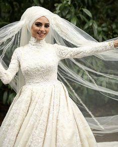 the latest muslim wedding dress Hijabi Wedding, Muslim Wedding Dresses, Muslim Brides, Muslim Women, Wedding Bride, Bridesmaid Dresses, Dress Wedding, Muslim Girls, Bridal Hijab