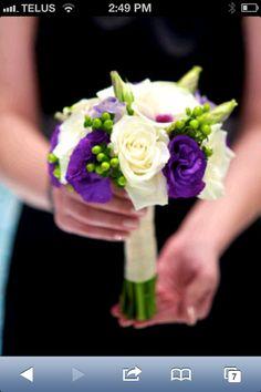 Pretty bouquet for bridesmaids