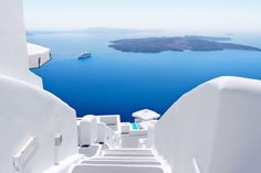 SANTORINI- this is where I want to live!!