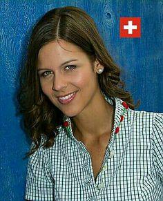 Melanie Oesch She Song, Folk Music, Champion, Singer, Culture, Entertaining, Singers, Funny