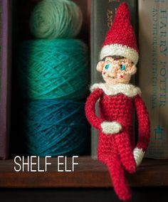 Fuente: http://diychristmascrafts.tumblr.com/post/37680630192/diy-crochet-elf-on-a-shelf-free-pattern