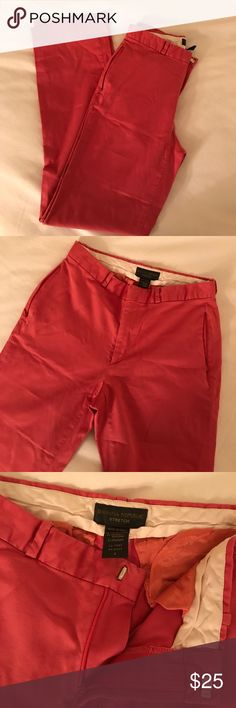 """Banana Republic salmon colored pants, adorable! Like new, only worn once and now they're too small for me! Adorable salmon colored banana republic pants. Slotted back pockets and front zippered pockets. So cute! These do run small, they are not a standard BR size two, which is why I have them listed as a zero. They fit like a true size zero, 26"""" waist! App. 30"""" inseam. Offers welcome or consider a bundle for at least 20% off two or more items. Banana Republic Pants Trousers"""