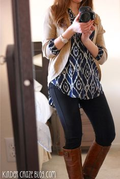 Love this top - I have a couple of blue print tops so would be fun in a different color too