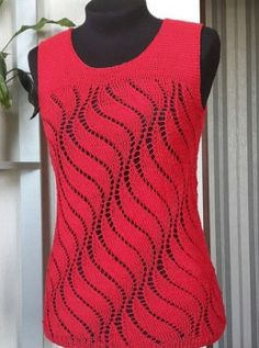 Free knitting pattern Top in Vertical Wavy Knit Pattern and more sleeveless tops knitting patterns at http://intheloopknitting.com/sleeveless-tops-knitting-patterns/