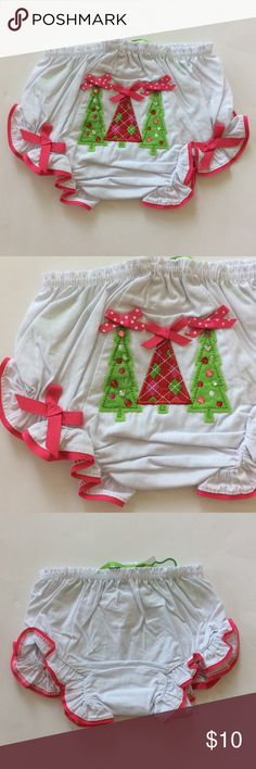 👫Mud Pie Triple Tree Bloomers Mud Pie Triple Tree Bloomers. So cute💜 Elastic waistband and around the legs. Grosgrain ribbon, rhinestones and felt appliqués. 100% cotton. Size 0-6M. NWT, never worn. Mud Pie Bottoms