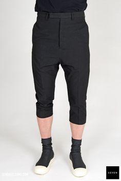 A 09 BLACK Polyester Nylon Spandex Legs lining Cupro - Buttons Corozo Rick Owens - Walrus - Made in Italy Model i Rick Owens, Capri Pants, Legs, Model, Shopping, Collection, Black, Fashion, Moda