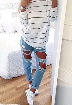 jeans ripped jeans blue jeans shirt boyfriend jeans skinny jeans top casual striped top striped shirt white top stripes white spring long sleeves weekend blouse sweater t-shirt black and white striped sweater Mode Outfits, Casual Outfits, Fashion Outfits, Fashion Trends, Fashion Shoes, Cute Jean Outfits, Fashion Clothes, Nike Shoes Outfits, Dinner Outfits