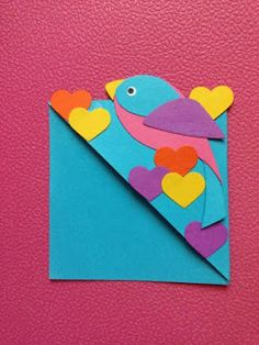 J'adore ce marque page ! Origami Dragon, Origami Fish, Origami Art, Origami Boxes, Dollar Origami, Origami Flowers, Diy Marque Page, Marque Page Origami, Paper Bookmarks