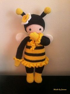 Made by Janna vd M (Lalylala doll), on the agenda to make with the little boy bee♥