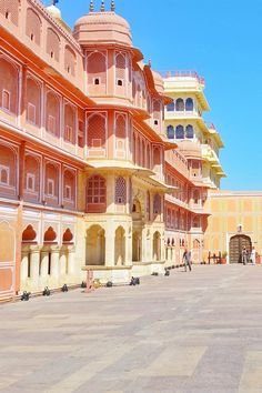 things to do in jaipur rajasthan and places to visit for golden triangle tour. outdoor travel destinations in the world on a budget backpacking asia. Jaipur Travel, India Travel, Golden Triangle, Beautiful Places To Visit, Cool Places To Visit, City Palace Jaipur, India Palace, India Asia, North India