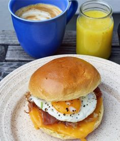 Recipe for breakfast brioche sandwich with eggs, ham and cheddar cheese.