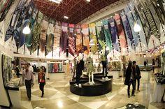 Zona Tendencias (Trend Zone) permanece dentro del piso de exhibición como en las grandes exposiciones a nivel mundial, donde te muestran las últimas tendencias para facilitarte a ti como comprador y expositor, una óptima elección de prendas y materiales de la temporada siguiente