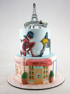 Ladybug - cake by Natalia Casaballe