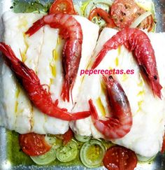http://www.peperecetas.com/recetas/merluza-con-carabineros/