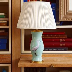 LIGHT THE WAY: A FRESH TAKE ON DECOUPAGE, THE LAMPS OF ROSANNA LONSDALE — www.stylebeatblog.com