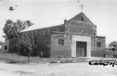 Capilla Santa Rosa, año 1968. Calle de tierra: Uruguay y esquina Mercedes Franco.