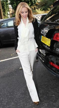 Kylie Minogue looking stunning!