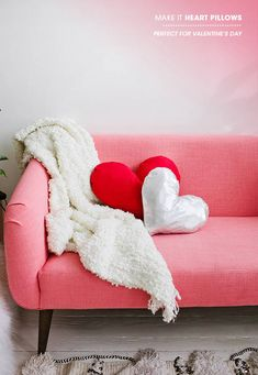DIY heart pillow | designlovefest
