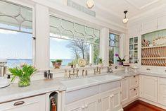 Lakehouse - traditional - kitchen - toronto - Cheryl Scrymgeour Designs