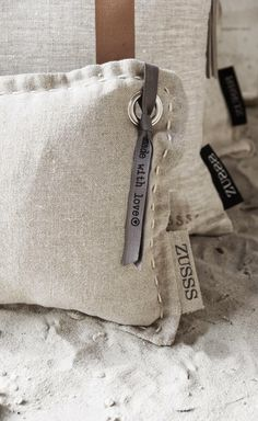 Bring on the linen sheets! Diy Accessoires, Brown Pillows, Grain Sack, Soft Furnishings, Home Textile, Slipcovers, Decorative Pillows, Burlap Pillows, Home Accessories