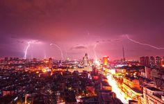 China: Heftiges Gewitter in Kunshan mit Blitz und Donner - SPIEGEL ONLINE