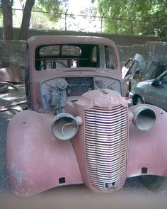 classic cars rotting  | Pictures of Rotting Vintage Cars - Page 6
