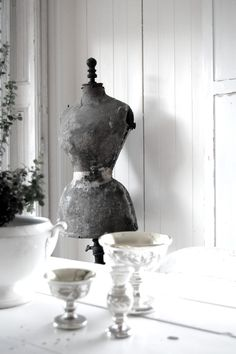 Vintage mannequin black and white photography.  Repinned by www.silver-and-grey.com