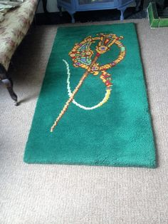 Vintage Carpet Vintage wall hanging Hand knotted carpet Vintage Walls, Celtic, Ireland, Irish, Carpet, Cool Stuff, Rugs, Film, Green