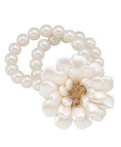 Carolee Bracelet, Glass Bead Flower Stretch Bracelet