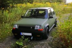 Renault 5 GT Turbo ARMY Renault 5 Gt Turbo, Thalia, Cars Uk, Car Tools, France, Retro Cars, Classic Cars, Hatchbacks, Lowrider