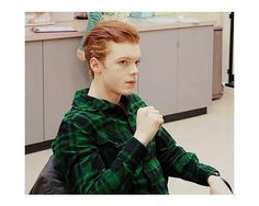 Cameron Monaghan as Ian Gallagher