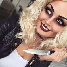 Chucky 's Braut - Halloween Make-up Costume Halloween, Braut Halloween, Creepy Halloween Makeup, Halloween Makeup Looks, Diy Halloween, Trendy Halloween, Bride Of Chucky Makeup, Bride Of Chucky Costume, Chucky And Tiffany Costume