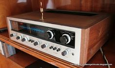Vintage 1970s Pioneer stereo receiver. Click on photo for more stereo pics and stories.
