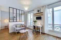 Apartamento de 25m2 simples, bonito e com bastante espaço para circulação. #kitnet #quitinete #apartamentopequeno