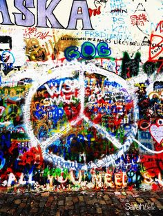 'symbol of peace' photograph placed on canvas. #graffiti