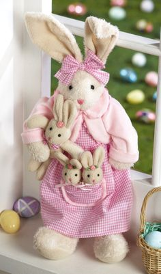 rosecottage.quenalbertini2: Cute fabric bunny mom and kids