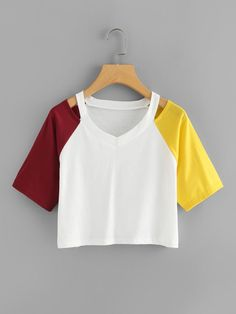 Contrast Sleeve Cut Out Neck Crop Tee -SheIn(Sheinside) Crop Top Outfits, Casual Skirt Outfits, Pretty Outfits, Cute Outfits, Teen Fashion Outfits, Kpop Outfits, Outfits For Teens, Diy Clothes Tops, Style Africain