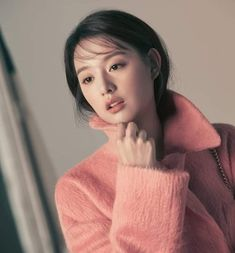 Kim Ji Won, K Beauty, Turtle Neck, Actresses, Pretty, Gallery, Korean, Fashion, Female Actresses